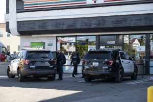 Police-at-convenience-store-300x200
